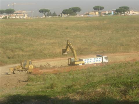 """Il Comitato di Quartiere denuncia scavi """"dubbi"""" e non segnalati nella valle !!"""