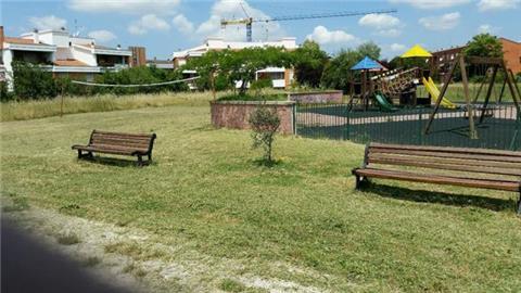 COM'E' ANDATA …. ECCO IL RISULTATO Puliamo il Parco Kennedy … alle 12.00 Assemblea per il Parco Giochi