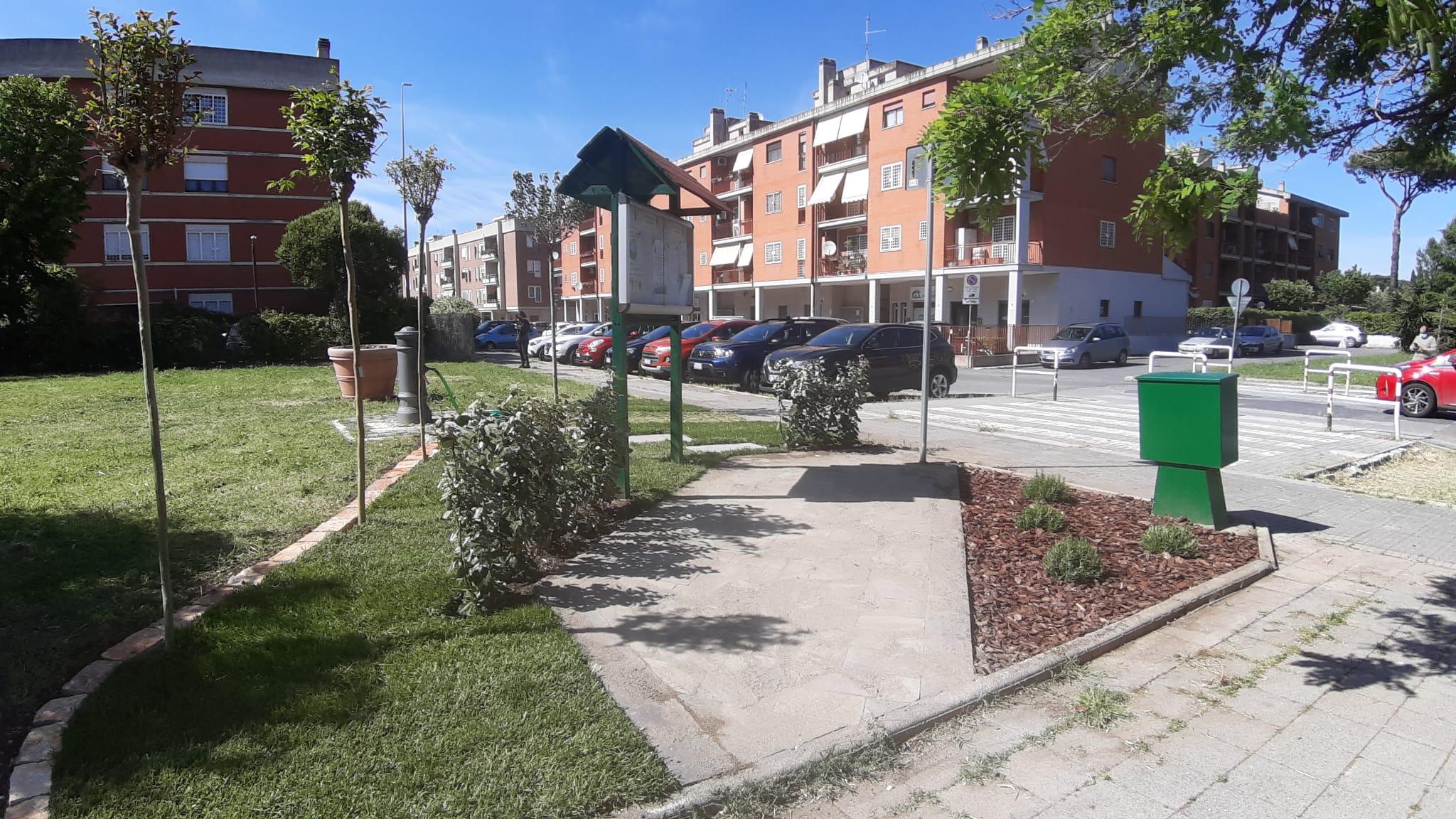 Una rinnovata area per la bacheca di Quartiere !